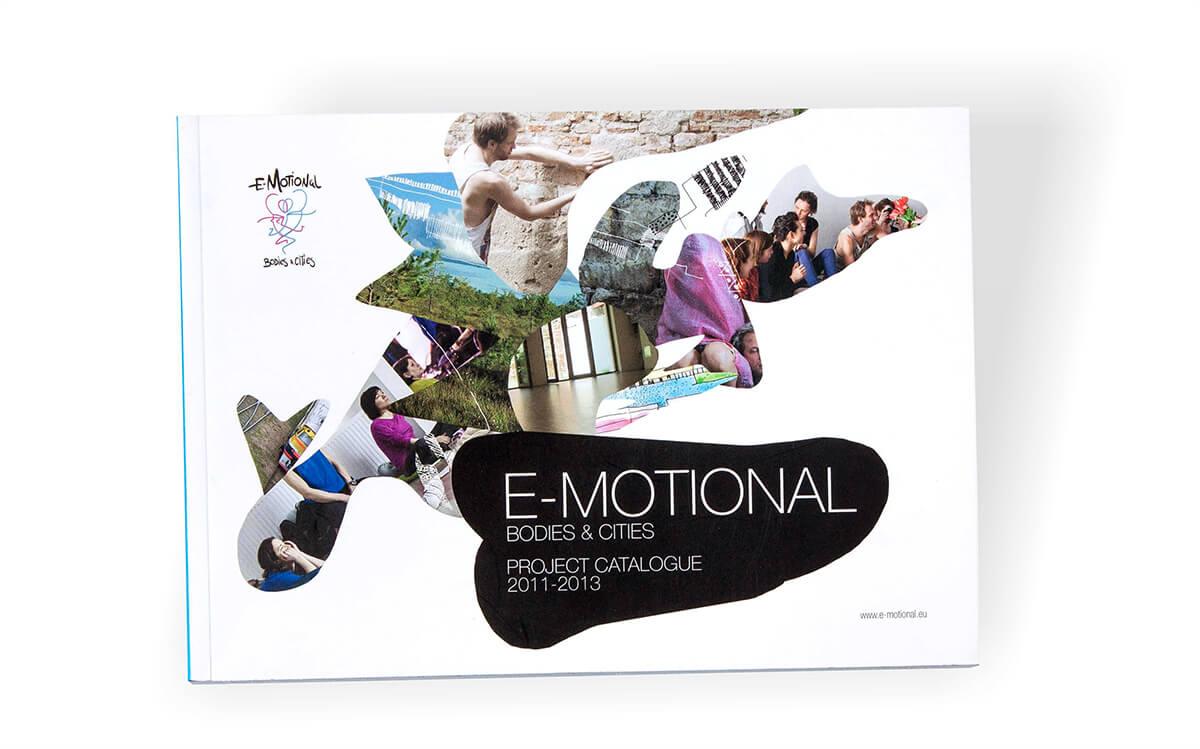 Cataloage 18 Catalog program dans Emotional